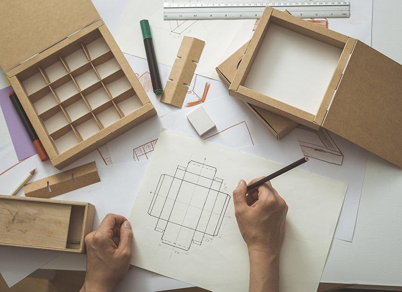 Individuelle Produktverpackung und Versandverpackung